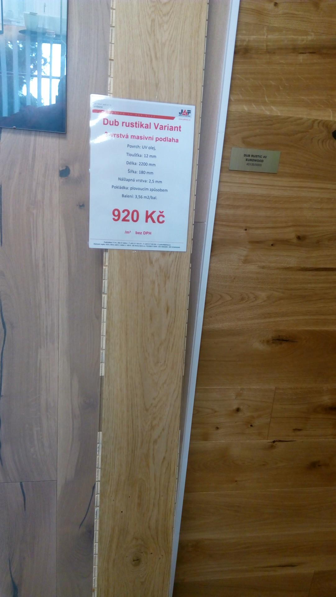 AKCE! Třívrstvá dřevěná masivní podlaha Dub rustik