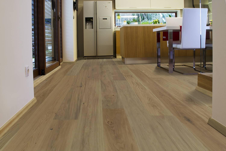 DOPRAVA ZDARMA! Dřevěná podlaha MOLAND Burghley Wideplank 13186263 Dub Classic bílý oxidativní olej